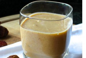 Dates Smoothie