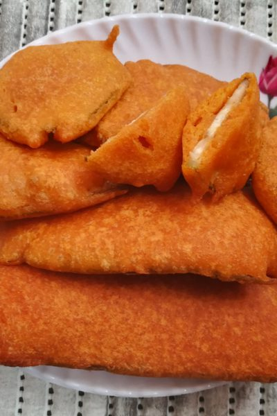 Famous Indian Recipes - Vazhakkai Bajji Recipe
